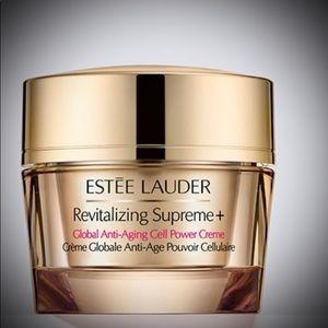 Estée Lauder Revitalizing Supreme